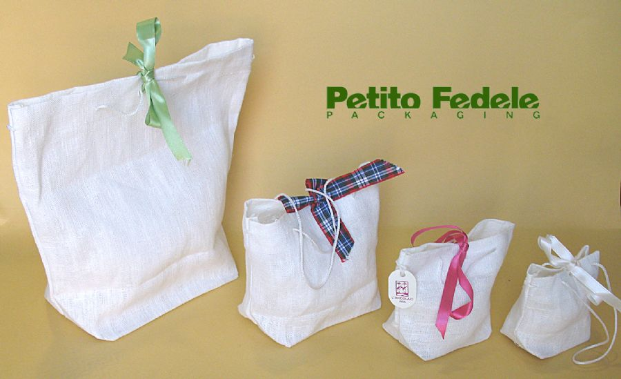 Soft pouch shopping bag style in white linen fabric
