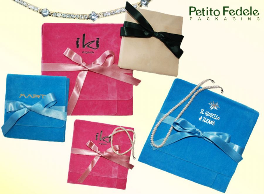 Serie a boxes with ribbon - ref. a02