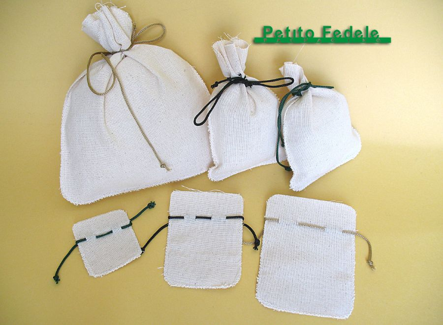 Soft pouch rectangular shape in natural cotton reps fabric